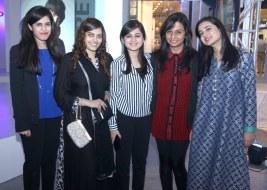 anum with nashra,ramsha,ambreen and sidra_1024x731
