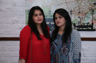 Nida Ameen & Eimaan Masroor