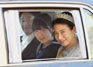 ご一家で天皇皇后両陛下へ新年のご挨拶