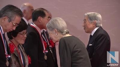 両陛下、「医療功労賞」受賞者と面会その2