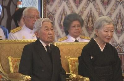 天皇皇后両陛下 タイ訪問し新国王に弔意表す