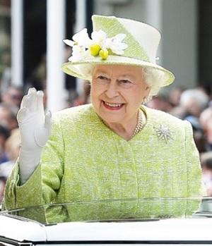 エリザベス女王90才