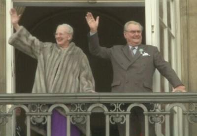 デンマーク女王と夫