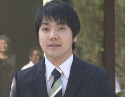 小室圭自宅を出発9月3日婚約発表