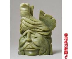 「イヌイットの彫刻 高円宮コレクション」で展示する作品、トゥニリー・タイトゥーシーの《精霊》久子さま
