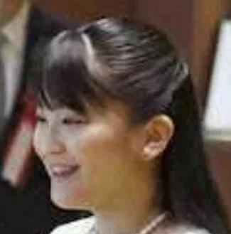 眞子さまAHOBUSU