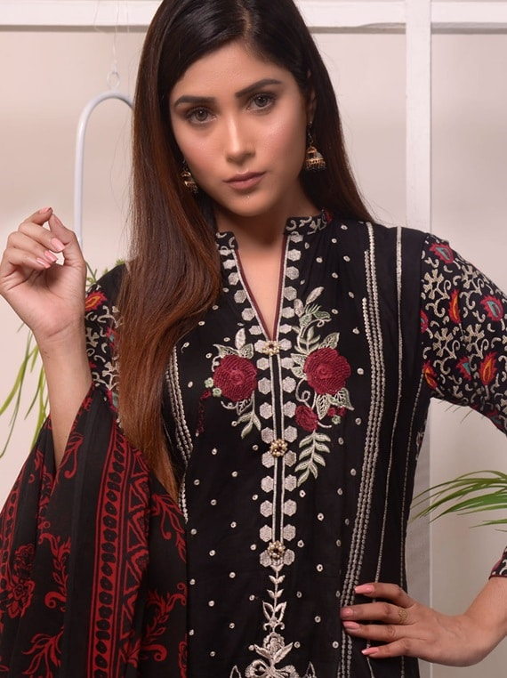 Halima Sultan Winter Embroidered Linen Collection