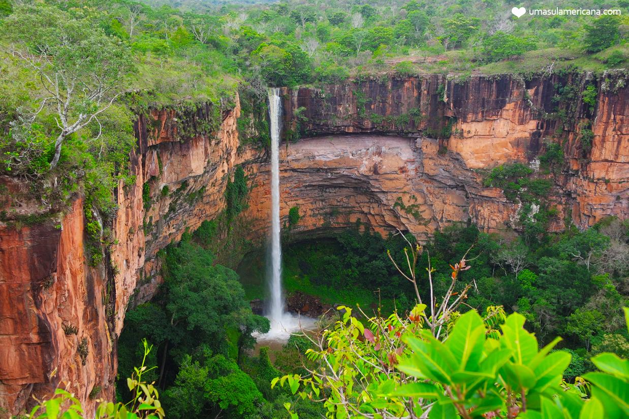 Cachoeira Véu de Noiva - Passeios imperdíveis na Chapada dos Guimarães