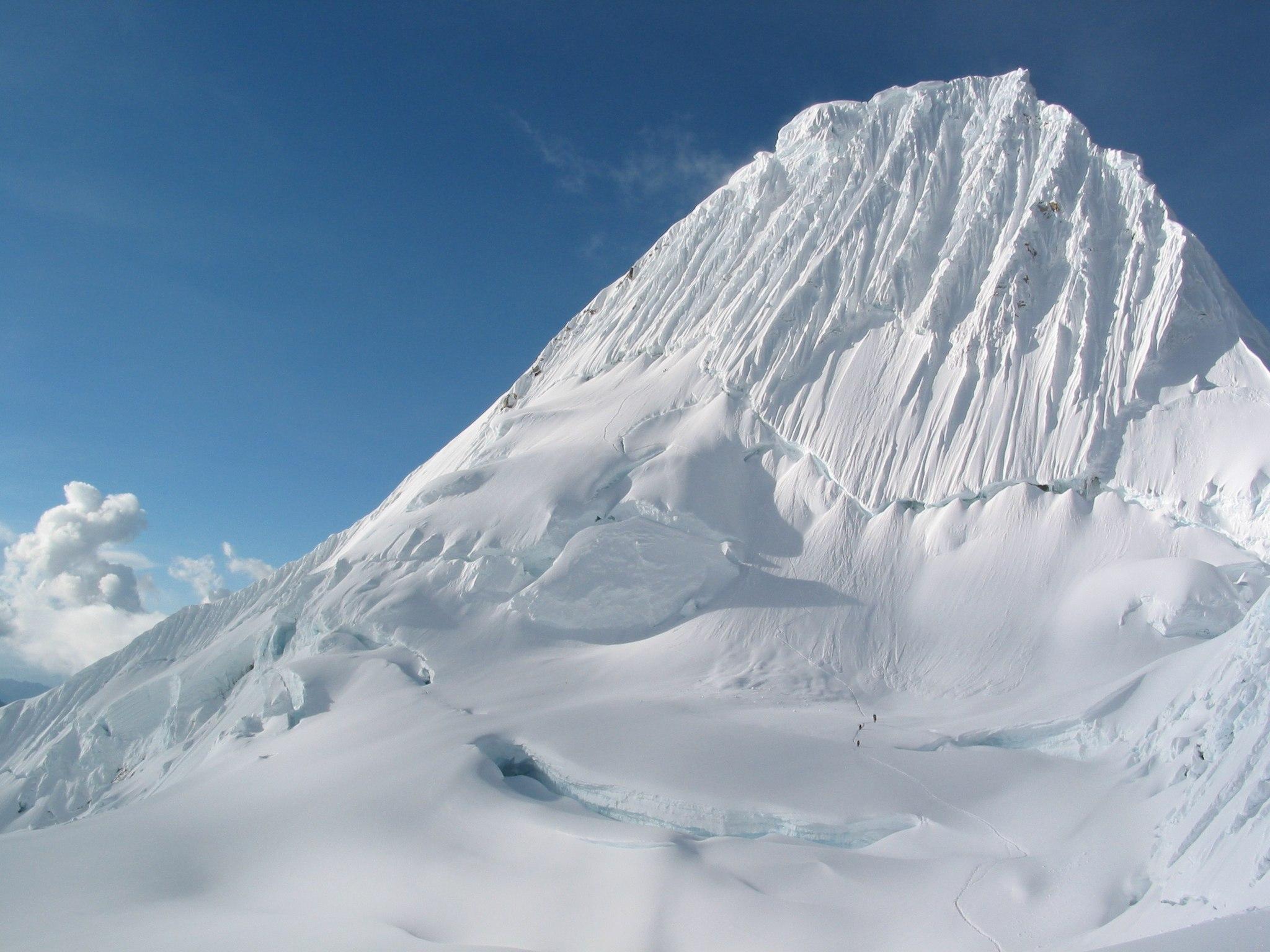 Alpamayo - Trekkings no Peru - 15 caminhadas de norte a sul