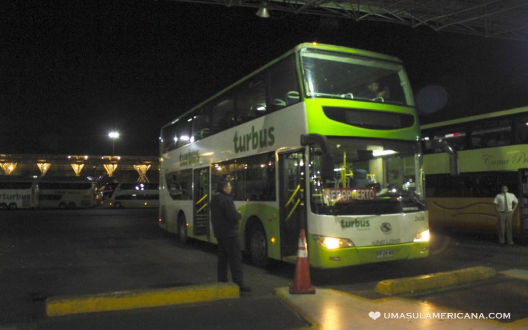 Como sair do aeroporto de Santiago gastando pouco