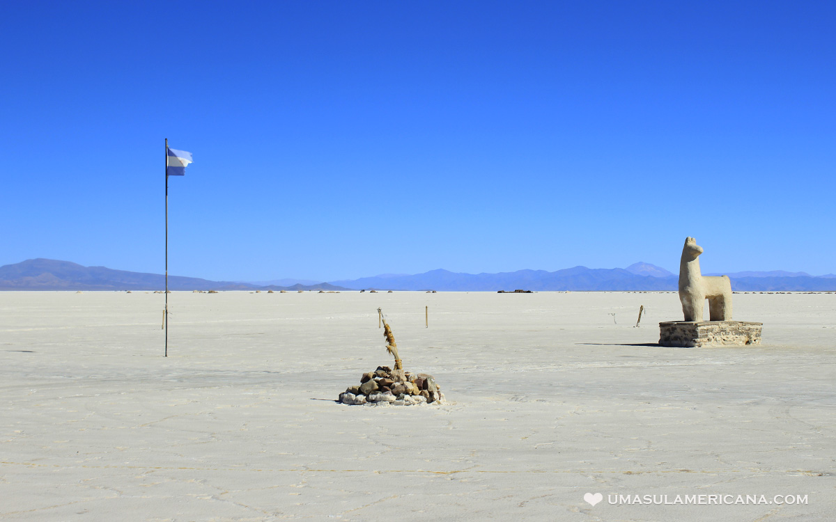 Salinas Grandes, o salar da Argentina no caminho para o Atacama