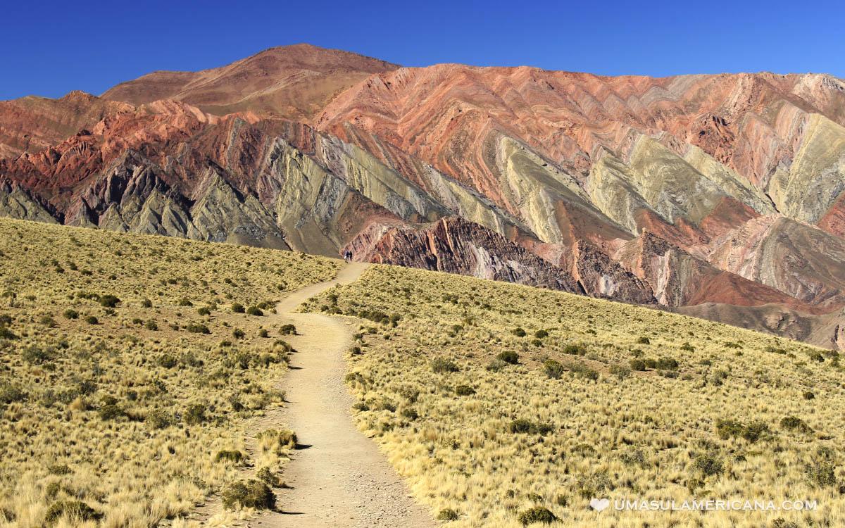 Serranía del Hornocal, o Cerro de 14 Colores - Humahuaca, Jujuy