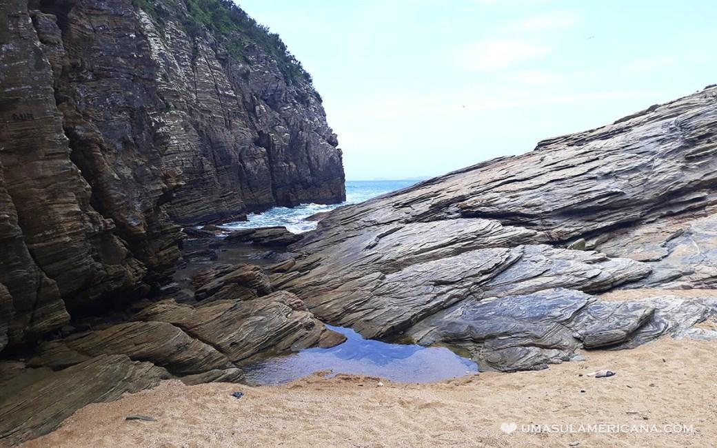 Praia escondida em Cabo Frio