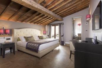 Onde ficar em Florença - Hotel Spadai quarto