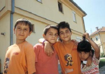Give the gift of warmth to a Macedonian child this Holiday Season