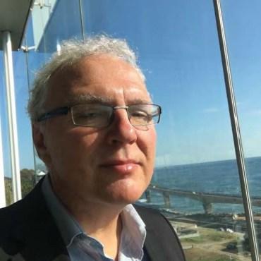 Dr. Luben Todorovski
