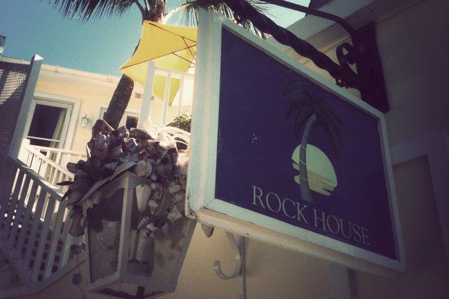 um-doce-dia-viagem-rock-house-bahamas-03