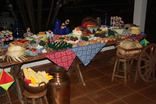 um-doce-dia-festa-junina-caseira-10