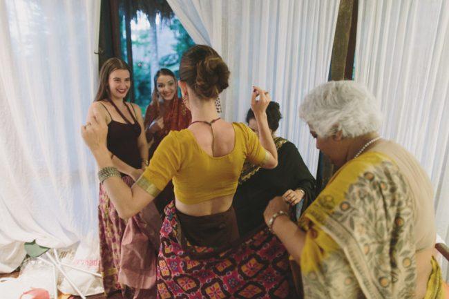 um-doce-dia-casamento-em-bali-indonesia-banyan-06
