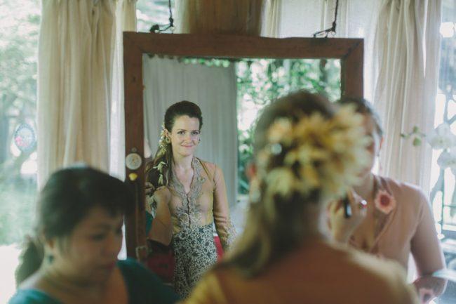 um-doce-dia-casamento-em-bali-indonesia-banyan-36