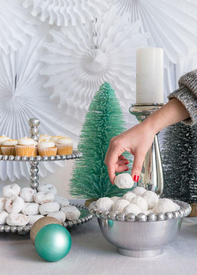 um-doce-dia-decoracao-como-montar-uma-mesa-de-sobremesa-01