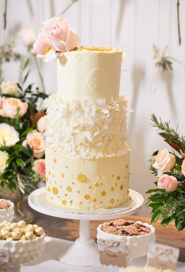 um-doce-dia-casamento-entre-rosas-olivas-e-alecrim-22