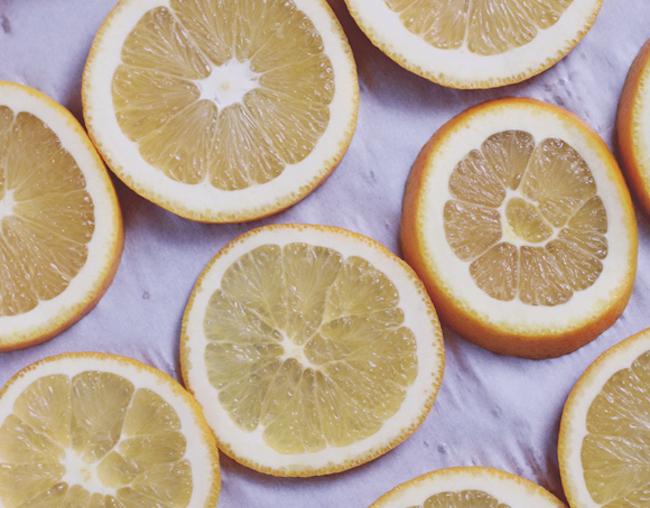 um-doce-dia-como-fazer-laranjas-desidratadas-03
