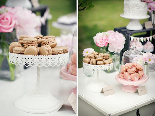 um-doce-dia-decoracao-mesa-de-sobremesas-lindo-rustico-e-rosa-06