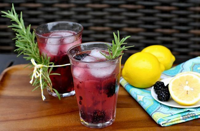 um-doce-dia-receita-drink-limonada-de-gim-e-amoras-01