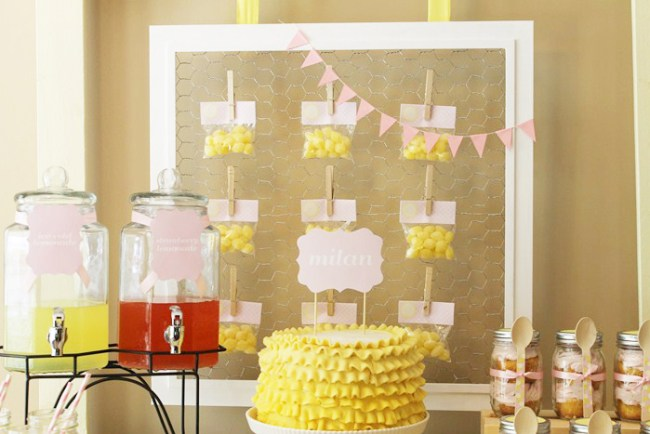 um-doce-dia-mesa-de-sobremesas-festa-da-limonada-02