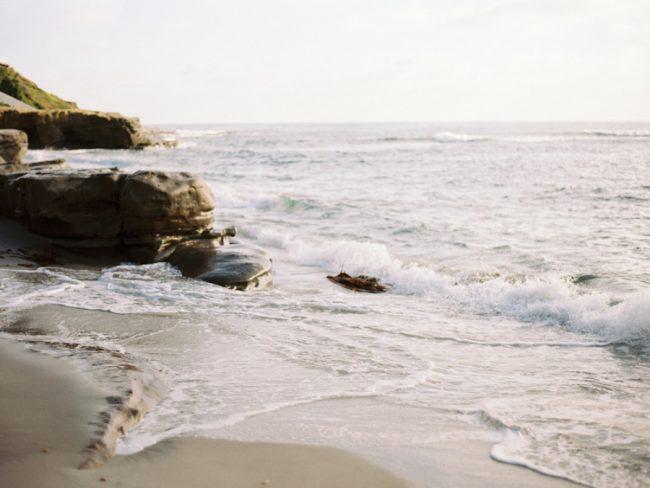 um-doce-dia-casamento-oceano-cinza-08