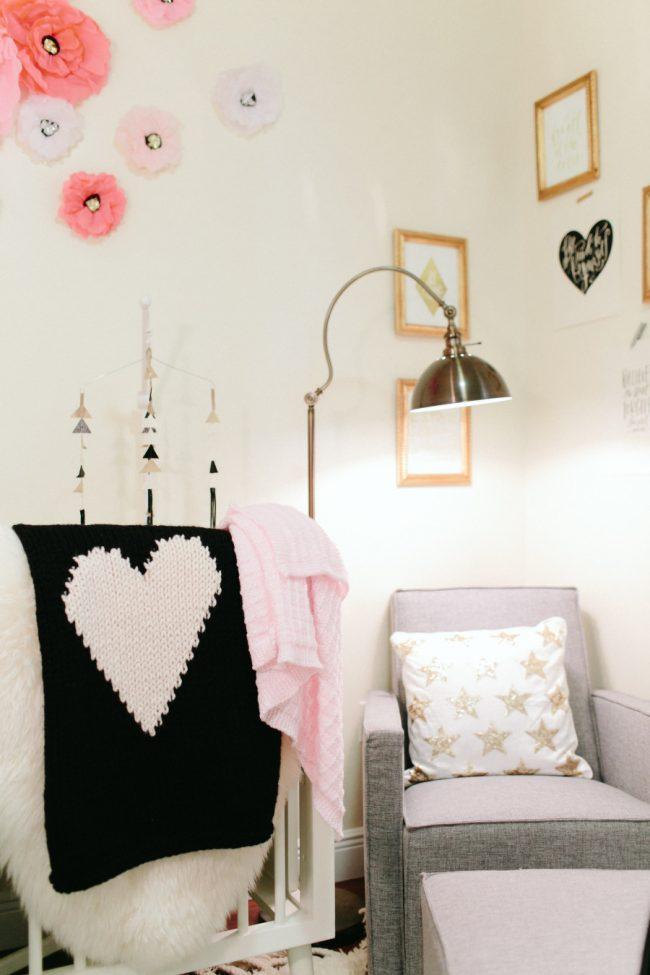 um-doce-dia-decoracao-quarto-de-bebe-pequena-francesa-06
