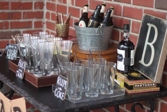 um-doce-dia-decoracao-mesa-bar-masculino-06