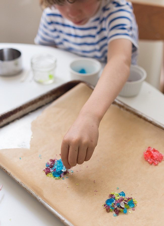 um-doce-dia-para-fazer-com-as-criancas-pirulitos-floridos-05