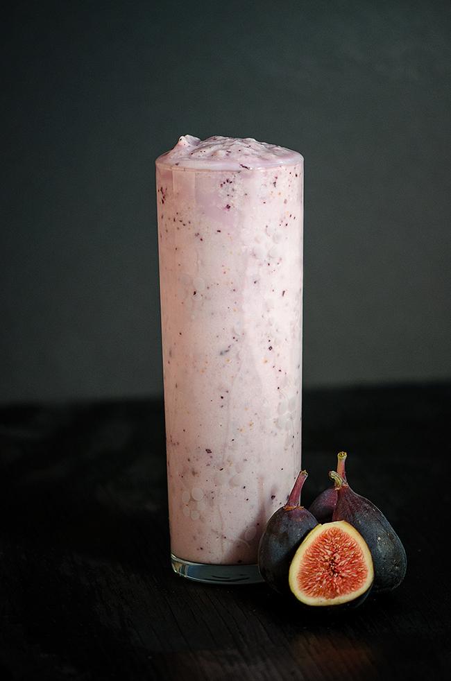 um-doce-dia-smoothie-de-amendoas-e-figos-01