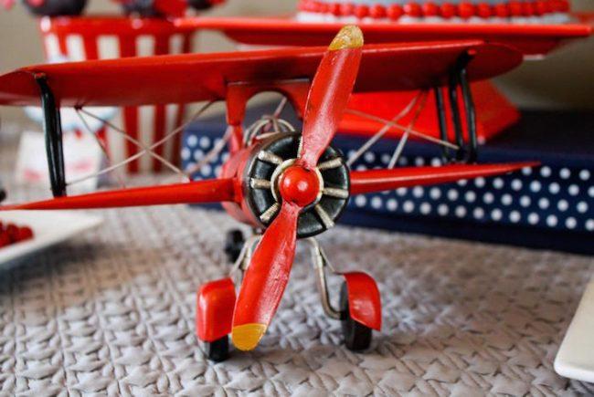 um-doce-dia-aniversario-menino-aviator-03