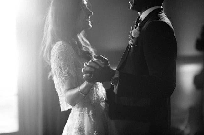 um-doce-dia-casamento-floral-acinzentado-33