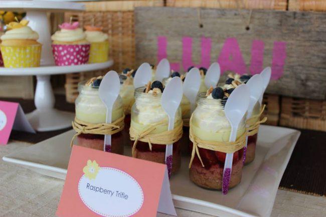 um-doce-dia-festa-meninas-luau-havaiano-no-quintal-06