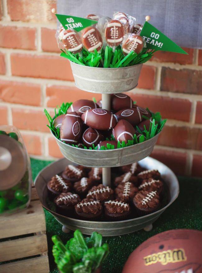 um-doce-dia-festa-meninos-futebol-americano-05