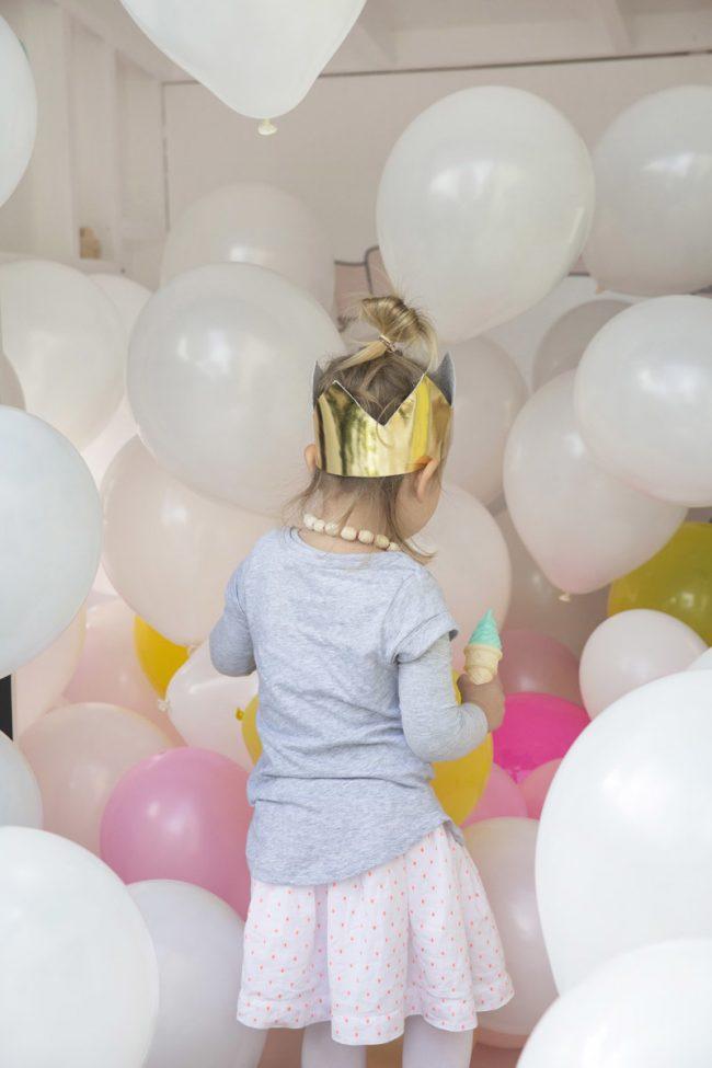 um-doce-dia-festa-infantil-menina-brincando-de-casinha-02