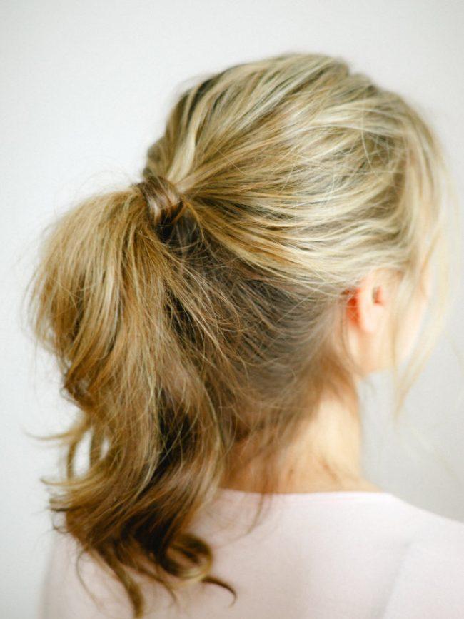 um-doce-dia-diy-penteado-rabo-de-cavalo-natural-01