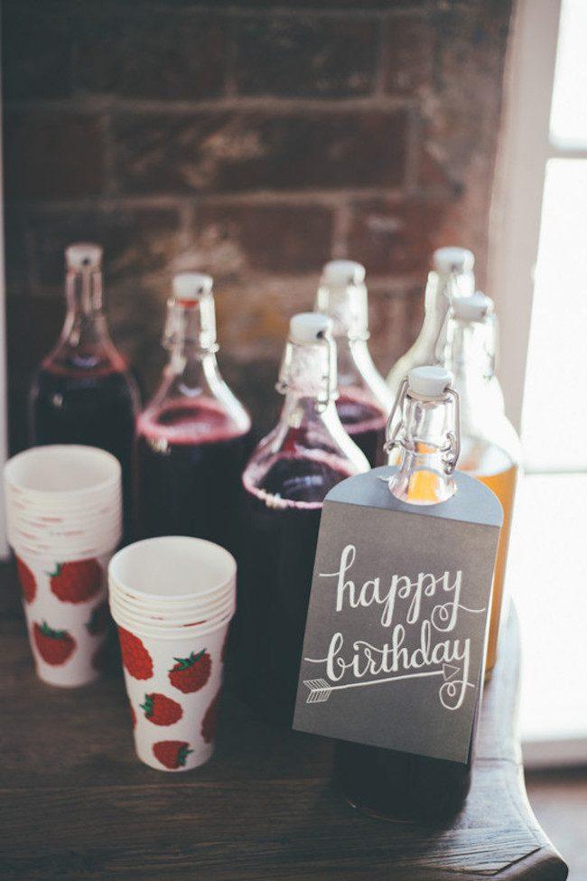 um-doce-dia-aniversario-ouro-e-confetes-cor-de-rosa-13
