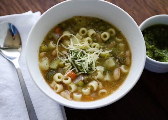 um-doce-dia-receita-minestrone-vegetariano-de-uma-panela-so-01