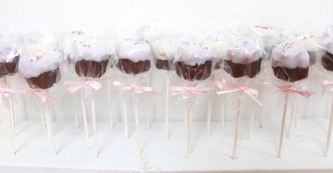 um-doce-dia-diy-stand-para-doces-de-palito-01