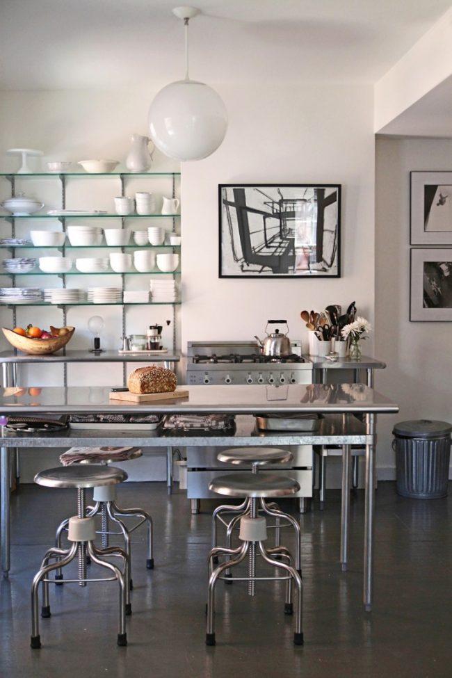 um-doce-dia-decoracao-apartamento-industrial-minimalista-01