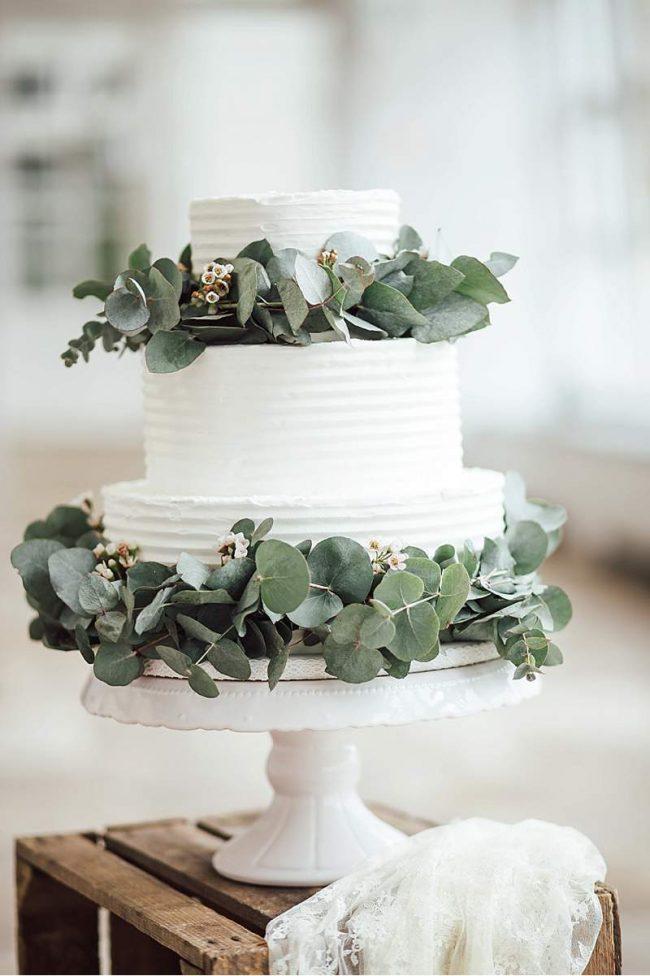 um-doce-dia-decoracao-casamento-branco-e-verde-atemporal-14