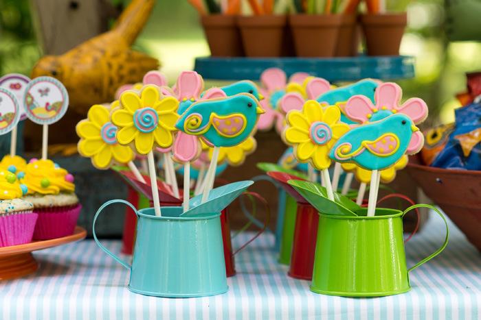 um-doce-dia-decoracao-aniversario-de-meninas-passarinhos-do-verao-04