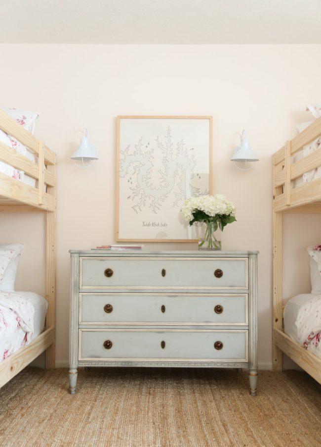 um-doce-dia-decoracao-quartos-para-dividir-meninas-do-campo-02