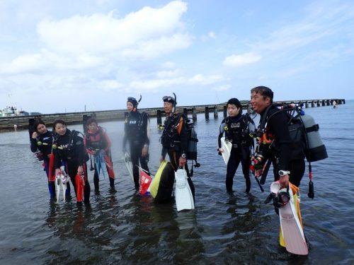 沖ノ島ダイビングサービスマリンスノーのダイバー