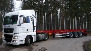 Preprava-dlouheho-dreva_NPK-39-on-road-promo5